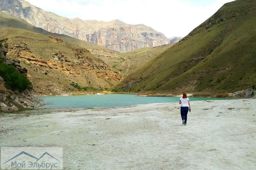 Одно из озер Гижгит