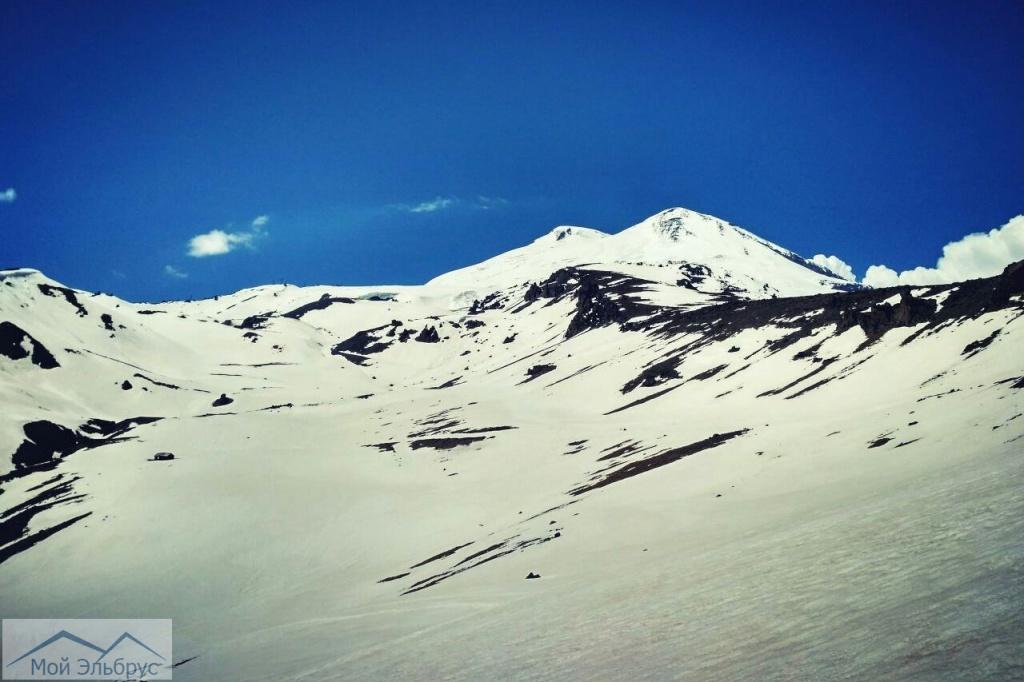 Снежные поля Эльбруса